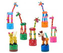Girafe din lemn